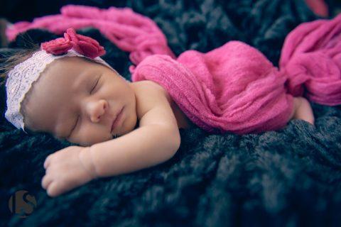 glendale newborn photographers | savannah